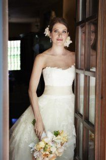 Style Me Pretty | Gallery- the dress