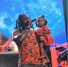Photo: Rapper Wale Performs With His Cute Daughter In Matching Outfits On Stage http://ift.tt/2vdup5W