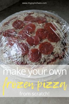 Make your own homemade frozen pizzas and never buy the boxed version again! Freezer Cooking, Freezer Meals, Cooking Recipes, Bulk Cooking, Caramel Apple Crisp, Caramel Apples, Best Apple Crisp Ever, Monkey Bread From Scratch, Homemade Frozen Pizza