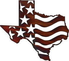 US Texas Western Wall Art - is a fabulous way to show your pride for the USA and your love of the south. It features the American flag that is surrounded by the shape of Texas. Western Wall Decor, Rustic Wall Art, Art Mural Rustique, Iron Wall Art, Texas Western, Texas Wall Art, Metal Art Projects, Laser Cut Metal, Metal Tree