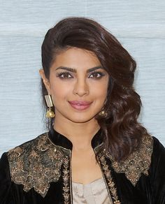 Quantico star Priyanka Chopra gave us straight beauty at the Bajirao Mastani New York press junket.