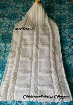 knitting sleeping bag how to Baby Sleeping Bag Pattern, Baby Nest Bed, Dk Weight Yarn, Stroller Blanket, Mittens Pattern, Knitted Bags, Knit Bag, Sleep Sacks, Baby Knitting Patterns