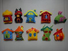 10 db filc házikó - Bogyó és Babóca - (800ft/db) faldekor, fali dekoráció, babaszobadekoráció, függődísz, Baba-mama-gyerek, Játék, Otthon, lakberendezés, Gyerekszoba, 10 darabos házikó szett, amely Krisztinának a megrendelésére készült sok szeretettel...kisfia..., Meska