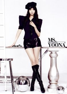 Girls' Generation // Mr. Taxi // Yoona