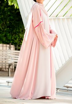 Soft and pretty is how you will feel wearing this gorgeous abaya. Classy Clothes, Classy Outfits, Abayas, Muslim Fashion, Classy Women, My Outfit, Color Pop, Blush, Feminine