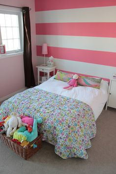 Cute pink stripes in little girl's room