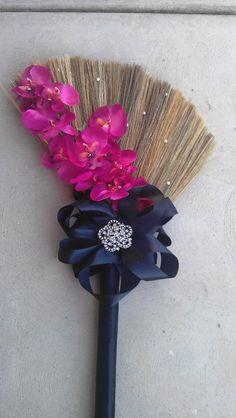 Big Bow Broom ;) #jumpingthebroom #bridesnbrooms  #love