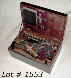 a cool twist on buccaneer would be a vampire hunter costume! Rosewood case with mother of pearl cross inlay, pistol, silver bullets in coffin case, silver occult dagger, Holy water vials Werewolf Hunter, Vampire Hunter, Halloween Coffin, Halloween Vampire, Halloween Party, Crying Angel, Of Wolf And Man, Steampunk, Cold Brew Coffee Maker