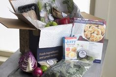 In Blue Apron's Chaotic Warehouses, Making Dinner Easy Is Hard Work Great Recipes, Healthy Recipes, Beef Curry, Blue Apron, Food System, Chicken Casserole, Healthy Living Tips, Kit, Meals