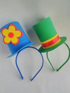 Clown Party, Circus Party, Grandma Birthday, 40th Birthday, Clown Crafts, Kites Craft, Carnival Themes, Diy Hat, Ideas Para Fiestas