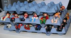 Ranger les personnages playmobile dans des boites d'oeuf
