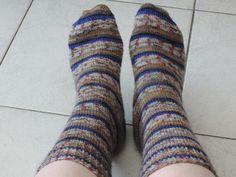 Sokken breien? Heb jij dit wel eens gedaan? Ik kreeg lessen van mijn eigen oma en zal jullie nu vertellen hoe je sokken kunt breien op grootmoeders wijze!