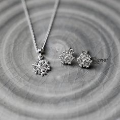 Snowflake Necklace - Handmade Sterling Silver 925 - Tonkin Jewelry