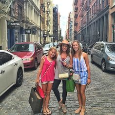 favorite place to shop w/ my favorite people :raised_hands::two_hearts::statue_of_liberty: #soho