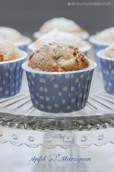 "Apfel-Marzipan-Muffins mit Zimt – oder ""Süße Sonntags Sünde"" Marzipan Muffins, Sweet Sundays, Cake & Co, Cake Cookies, Food Inspiration, Delicious Desserts, Sweet Tooth, Food And Drink, Sweets"