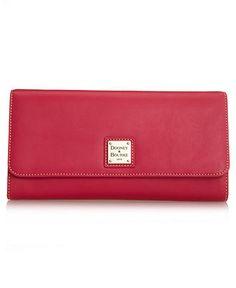Dooney & Bourke #clutch #handbag #macys BUY NOW!