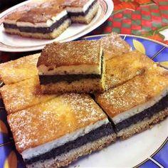 Karácsonyváró tejfölös, mákos sütemény Tiramisu, French Toast, Sandwiches, Healthy Living, Deserts, Goodies, Food And Drink, Yummy Food, Sweets