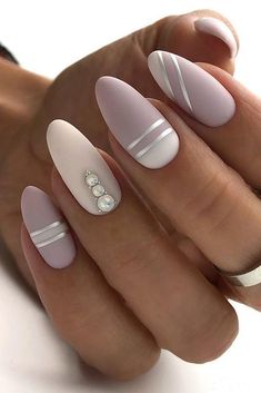 30 Perfect Pink And White Nails For Brides ❤ pink and white nails nude with silver stripes and pearls naturelle_nails We have collected temeless ideas of pink and white nails, which enchantingly complete the image of bride. Enjoy the ideas in our gallery! White Gel Nails, White Nail Art, Rose Gold Nails, Cute Acrylic Nails, Cute Nails, Pretty Nails, Fancy Nails, Pink Nail Art, Bride Nails
