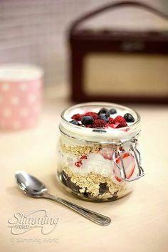 Slimming world overnight oats. 35g porridge oats Layered ...
