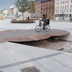 News and information about architecture and design in Denmark and the Nordic countries. Urban Furniture, Street Furniture, Paving Pattern, Gardening Courses, Landscape Architecture Design, Contemporary Landscape, Danish Design, Urban Design, Design Projects