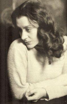 Maria Casarès à 24 ans (née en 1922)
