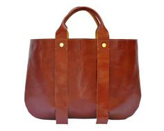 I could be very happy with this bag. La Tropezienne leather tote bag by Clare Vivier - Tan My Bags, Purses And Bags, Diana, Clare Vivier, Beautiful Bags, Shoe Collection, Italian Leather, Brown Leather, Leather Bags