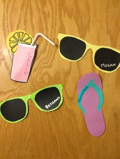 "Beach-themed door decs: a great ""Welcome to Florida! Door Name Tags, Ra Door Tags, College Dorm Door, Summer Door Decorations, College Door Decorations, Cubby Tags, Door Decks, Resident Assistant, Spring Door"