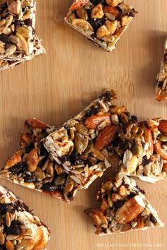 Homemade Cacao Chocolate Chip Nut Clusters #pumpkinseeds #almonds #fallflavorites