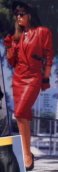80s Fashion, Skirt Fashion, Vintage Fashion, 80s Ladies Fashion, Fashion Models, Fashion Brands, Power Dressing Women, Cuir Vintage, Vintage Leather