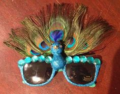 Confessions of a glitter addict: Decorated Sunglasses