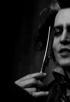 Johnny Depp in Sweeney Todd Film Tim Burton, Tim Burton Johnny Depp, Tim Burton Art, Sweeney Todd, High School Musical, Les Miserables, Mrs Lovett, Johnny Depp Movies, Johny Depp