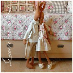 Patrones e ideas Mama * Tilda * Maileg Bunny, Bunny Rabbits, Bunny Hutch, Doll Quilt, Funny Bunnies, Sewing Dolls, Cute Toys, Soft Sculpture, Doll Crafts