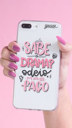 Capinha para celular Sabe o Drama? Girly Phone Cases, Cell Phone Covers, Diy Phone Case, Iphone 7 Plus Cases, Friends Phone Case, Aesthetic Phone Case, Accessoires Iphone, Cute Cases, Coque Iphone