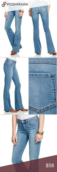 """NWT Free People Mid Rise Flare Stevie Wash Jeans PRODUCT DETAILS Cotton/rayon Machine wash Imported Zip fly with button closure, five-pocket silhouette, belt loops, mid-rise Contrast stitching, silver-tone hardware, lightly whiskered and faded, flare-leg 8.5"""" rise, 18"""" leg opening, 32"""" inseam Web ID: 1448307 Free People Jeans Flare & Wide Leg"""