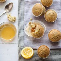 Soaked Lemon, Poppy Seed and Olive Oil Cakes (Gluten and Casein Free) by cannelle-vanille.blogspot.com
