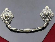 "3 3/4"" Dresser Drawer Pulls Handles Knobs / Cabinet Handle Pull Knob Antique Brass Metal / Furniture Cupboard Decorative Hardware 96 E62"