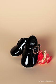 Pantofiori botez băieți Negru-lac