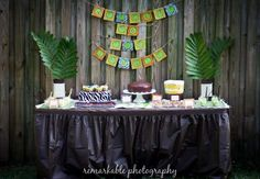 Google Image Result for http://www.fun-baby-shower-ideas-and-more.com/image-files/jungle-baby-shower.jpg