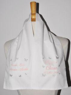 écharpe de baptême bébé papillon 2 côtés personnalisée brodée avec parrain marraine pour garçon ou fille