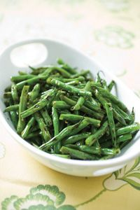 Awesome Green bean recipe  Ingredients  1 tablespoon unsalted butter, softened  3 medium garlic cloves, minced or pressed through garlic press (about 1 tablespoon)  1 teaspoon chopped fresh thyme leaves  1 teaspoon olive oil  1 pound green beans, stem ends snapped off, beans cut into 2-inch pieces  Table salt and ground black pepper  1/4 cup water  2 teaspoons juice from 1 lemon  1 tablespoon chopped fresh parsley leaves