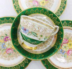 "27 Likes, 2 Comments - Bonny and Blithe (@bonnyandblithe) on Instagram: ""Gorgeous green  Royal Stafford Portrait. #vintageteacup #vintage #teacupaddict #teacupset #tea…"""