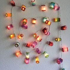 Lichterkette zweifarbige Laternen