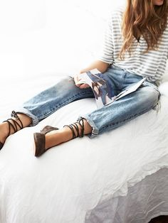 Casual jeans and stripes. A classic look.