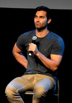 Tyler Hoechlin is one of the best actors  : Photo