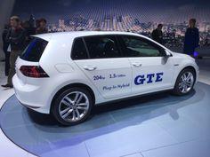 Golft GTE. Præstationerne og brændstoføkonomien er imponerende; men bilen er nu stadig lidt kedelig at se på