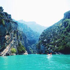 Travel / gorges du verdon / lac du sainte croix / france / europe / Provence