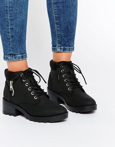 New+Look+Lace+Up+Work+Boots