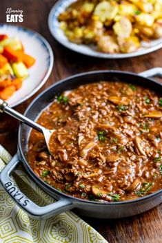 1 syn Low Syn Rich Mustard Beef with Mushrooms - the perfect meal for the whole family. Minced Beef Recipes Easy, Healthy Beef Recipes, Lentil Recipes, Meat Recipes, Slow Cooker Recipes, Cooking Recipes, Healthy Dinners, Recipies, Recipes For Mince