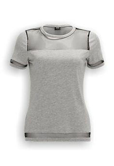 Amy & Ivy Mesh T-shirt. Regular fitted T-shirt met ronde hals. De hals, mouwen en onderkant van het shirt hebben accenten van mesh. Het T-shirt is gemaakt van 50% modaal en 50% katoen.   #zomercollectie #zomerkledingdames #zomerkleding