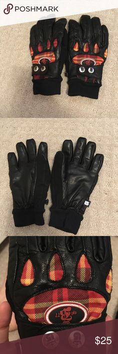 Burton black leather gloves Burton black leather gloves with argyle design. Warm and fuzzy on the inside. Barely used! Burton Accessories Gloves & Mittens
